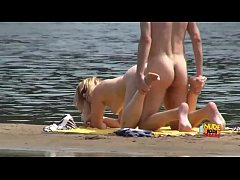 Sex under the sun with REAL amateurs caught on cam