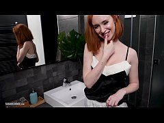Clip sex Busty redhead from England, Lenina Crowne fucks and gets a facial