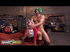 BANGBROS - Joaquin Ain't Got Nothin' On J-Mac! Watch Him Go To Town On Marsha May