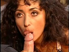 Chipy Marlow Blowjob and Cumshot with Tongue