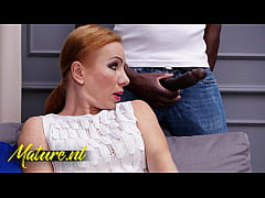 Married Wife Gets Suprised By a Huge BBC