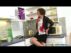 EuropeMaturE Granny DanaB Solo Playing
