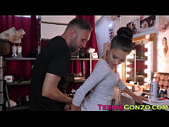 Young latina Apolonia Lapiedra blows before anal insertion