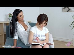 HD Kyra Queen with Veronica Moore having lesbian sex presented by Sapphix - Lesson