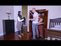 Brazzers - Aaliyah Hadid makes all men into che...