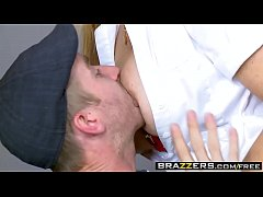 Brazzers - (Julia Ann, Danny D) - Hot Nurse Gets The Cock Pumpin