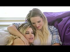 Real Girlfriends Jessa Rhodes and Cali Carter - GirlsWay
