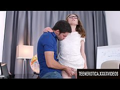 Nerdy Teen Girlfriend Emma Fantazy Gets Her Pus...