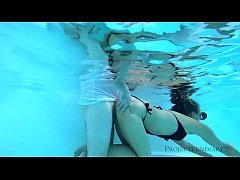 pool underwater sex with diving mask - projectf...