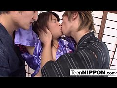 Clip sex Japanese teen geisha has her hairy pussy toyed in a dojo