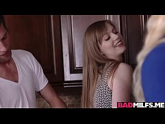 Clip sex Alura and Dolly got fucked in the kitchen