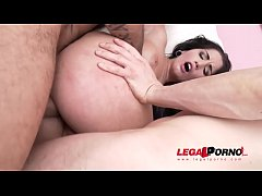 Loren Minardi fucked to the limit - 5on1 gangba...