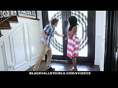 BlackValleyGirls - Peeping Tom Fucked By Cute B...