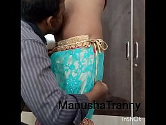 Remove my saree - Escort girl Manusha Tranny being undressed and exposing navel and belly