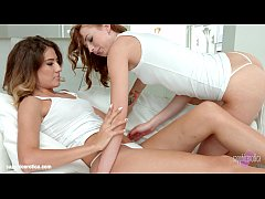 Leyla Peachbloom and Stasy Riviera - lesbian scene by SapphiX