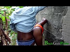 Clip sex Rodrigo Fucked His Village Lover Chioma In The Bush And The Villagers Almost Caught Him In The Act (NollyWoodMovie)