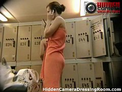 Clip sex Hidden camera in locker room