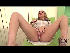 Hot Doctor Sophia Knight Probes Her Pussy With A Speculum