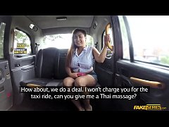 Clip sex Thai masseuse Miss Pinay works gives massage for free ride