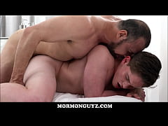 Horny Older Mormon Bear Has Sex With Young Mormon Twink In The Temple