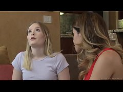 Do you wanna try something with a girl? - Vanessa Veracruz and Lanna Carter