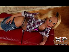 Clip sex WCPClub blonde black girl with a gorgeous ass fucked by BBC