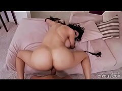 Amy Anderssen gets drilled