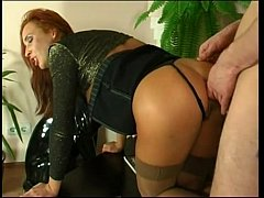 video porno defonce anal pour salope rousse hardcore anal fuck