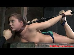 Suspended sub asphyxiated while pussy toyed