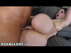 Mandy Muse Has A Cute Face And A Round Big Ass, What More Can You Possibly Ask For?