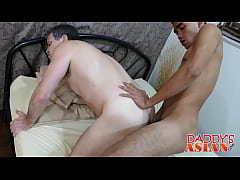 Asian twink having an awesome sex action with older stud
