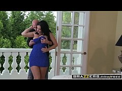 Slutty wife (Jayden Jaymes) Cheats on her husband with Johnny Sins - BRAZZERS