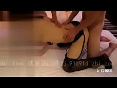 Wife and single man a three-some, black silk is too sexy -Chinese homemade