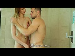Passion-HD - Johnny gets hard with Sophia Wilde...