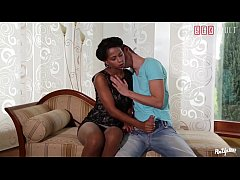 VIP SEX VAULT - Lucky Gardener Has The Chance To Fuck His Ebony Babe Boss While Her Hubby's Out (Isabella Chrystin & Max Fonda)