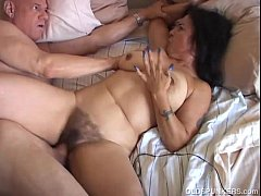 Chubby mature amateur orgasm