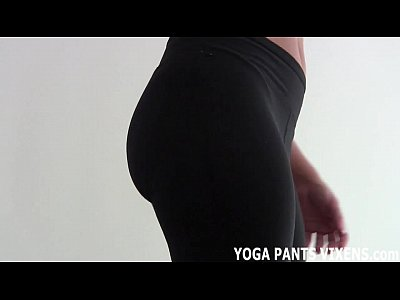 These yoga pants really hug my shaved pussy JOI