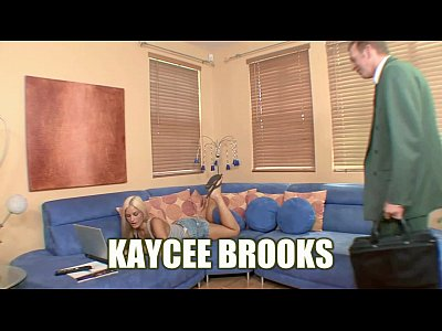Blonde hottie Kaycee Brooks fucks and gets a big facial