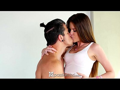 Passion-HD – Girl next door Jenna Jay swallows a big load