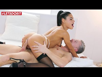 LETSDOEIT - Hot Brunette Apolonia Lapiedra Squirts For The First Time On Tape (Lucky Lutro)