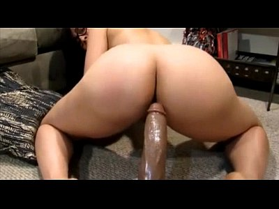 Sexy Chick Rides big black dildo