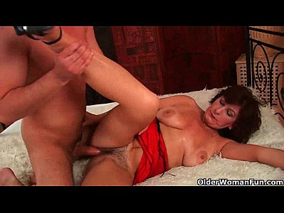 Mom wants you to mount her and blow your load on her