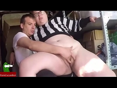 Eating pussy in the warehouse. SAN029