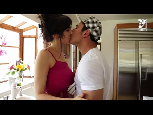 Clip sex Mexican Lucky teen fucks his best friend`s mom Diana Prince!!!