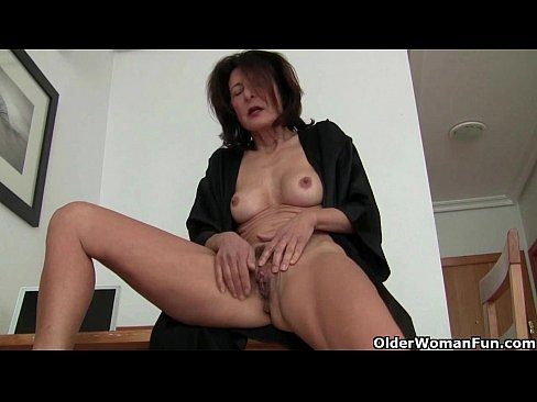 woman Mature pussy indian