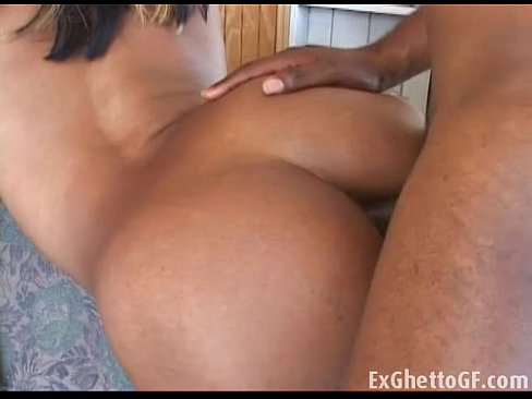 Black queen only takes it up her ass XXX Sex Videos