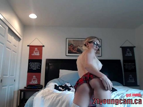 Hot college girl fucks her pink dildo - 21youngcam.ca