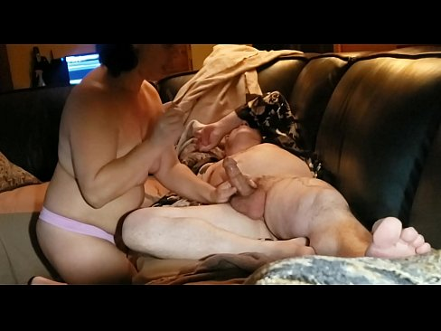 Clip sex He's super drunk so I do what I want to him