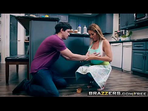 Brazzers - Mommy Got Boobs -  Bake Sale Bang scene starring Kianna Dior and Alex D