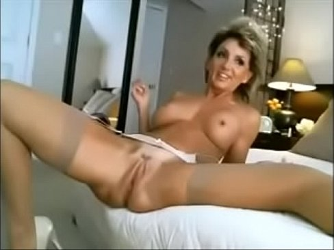 Sexy nude babes in heels